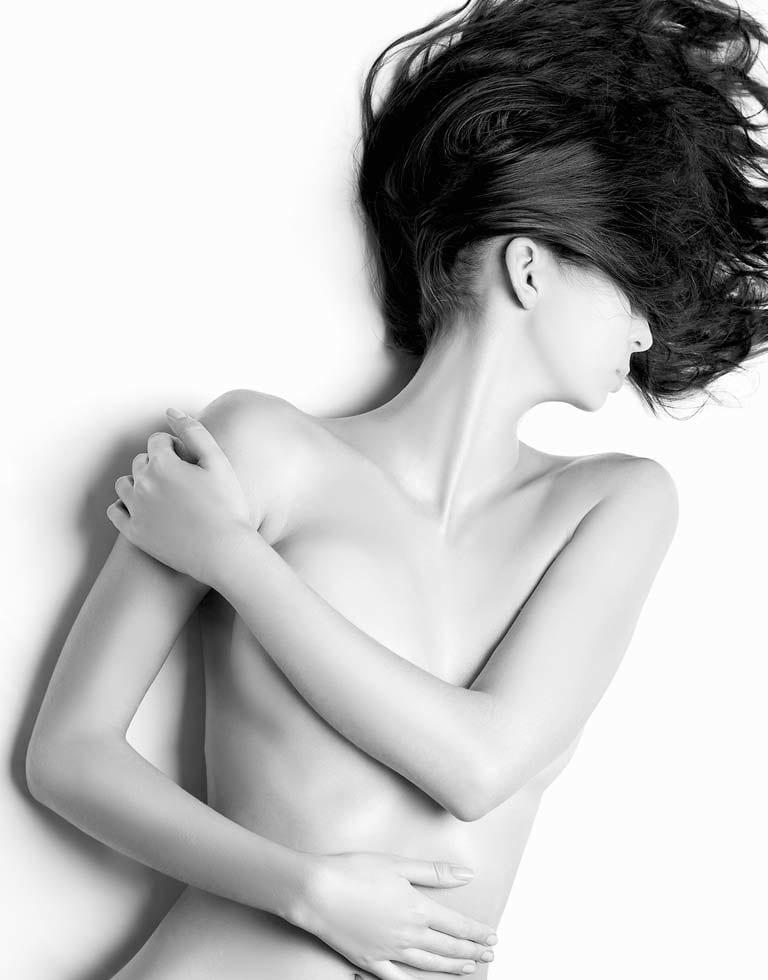 Refresh Cosmetic Clinic - En Bloc Capsulectomy